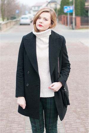 black Zara coat - cream H&M sweater - forest green Kiomi pants