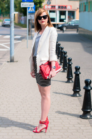white H&M blazer - red Zara bag - black pull&bear skirt - red Zara heels