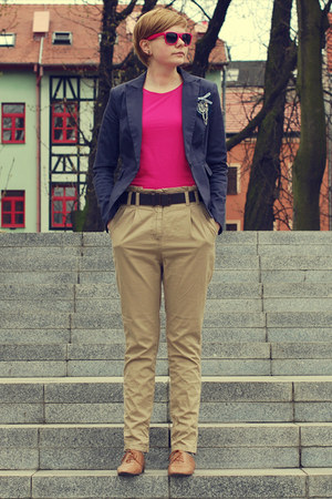 navy new look blazer - hot pink no name sunglasses - camel H&M pants - hot pink