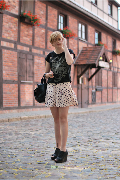 black Mizensa bag - neutral H&M shorts - dark gray Atmosphere wedges - black lin