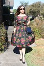 Cocktail-poof-thrifted-vintage-dress-dark-gray-thrifted-vintage-bag