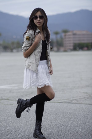 white lace hollister skirt - black lace up JCPenney boots
