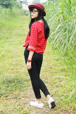 ruby red blouse - black weluvmeow jeans - crimson H&M hat