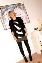 H&M blazer - H&M top - Mango skirt - vintage boots