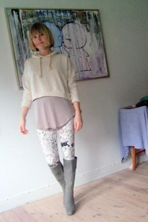 Monki blouse - Dean Penn top - Monki leggings - boots