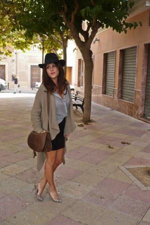 Stradivarius cardigan - H&M hat - Primark heels