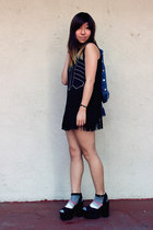 black Zara shorts - black H&M wedges - black H&M top - black kensie bracelet