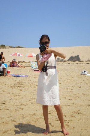 off white BCBG dress - light pink Gap scarf - black BCBG sunglasses - black 40d