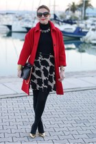red Kiomi coat - black Esplosione dress - black Zara bag