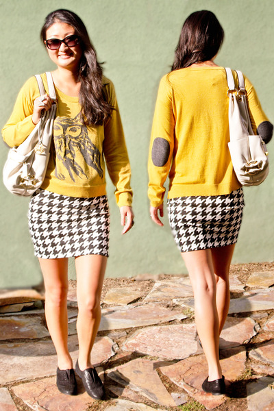 Tee by Big star skirt - owl sweater kensie sweater - ivory bag Michael Kors bag