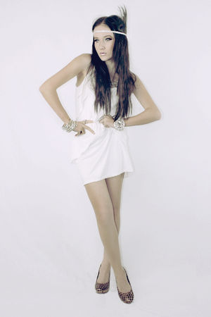 brown Loulanjiaren shoes - white Inprint dress - silver diva accessories