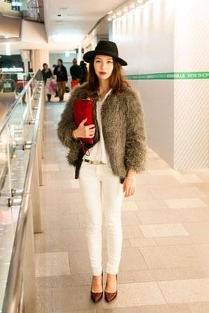 heather gray faux fur Mango coat - ruby red clutch leather Zara bag