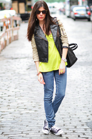 skinny jeans sold design lab jeans - Karen Walker sunglasses - Converse sneakers