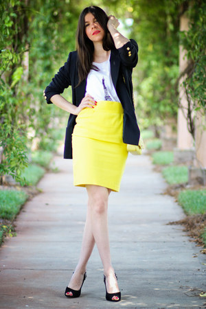 Thierry Mugler skirt - vintage blazer - Chanel bag - sam edelman heels