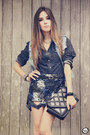 Navy-sequin-choies-skirt-black-kafé-accessories