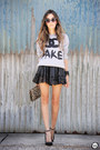 Silver-choies-jumper-black-goodnight-macaroon-skirt
