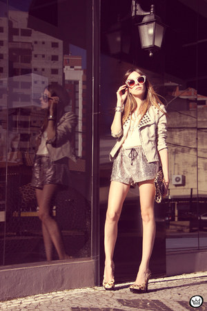 ivory Choies jacket - eggshell romwe shorts - beige zeroUV sunglasses