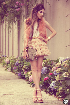 Chicwish skirt - salmon romwe vest - Kaf Acessrios bracelet