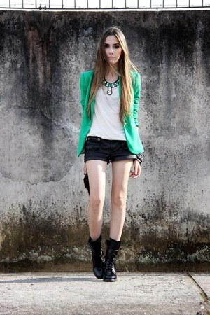 janelle necklace - Zara blazer - Tally Weijl shorts