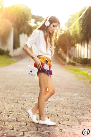 white Labellamafia shirt - purple Labellamafia shorts