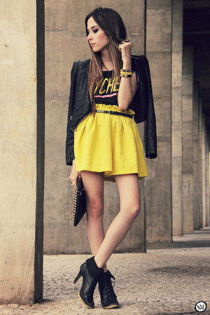 yellow romwe skirt