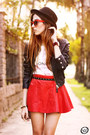 Black-boda-skins-jacket-white-awwdore-t-shirt-red-romwecom-skirt