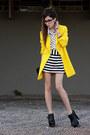 Yellow-romwe-coat-white-espao-1098-shirt-black-espao-1098-skirt
