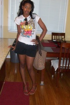 Wet Seal t-shirt - shorts - Gucci purse - Nine West shoes