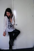 white vintage shirt - blue vintage scarf - silver Jay Jays necklace - black supr