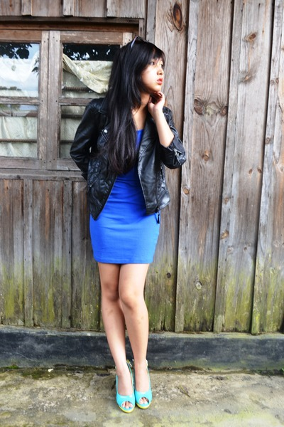 Forever 21 dress - Zara jacket - random brand sunglasses - random brand pumps