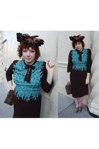 turquoise blue 1940s dress - dark brown 1940s hat - brown beaded 1930s purse - b