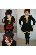 yellow 1940s dress - black 1940s shoes - black 1930s hat - red 1980s BETTY DUMOU