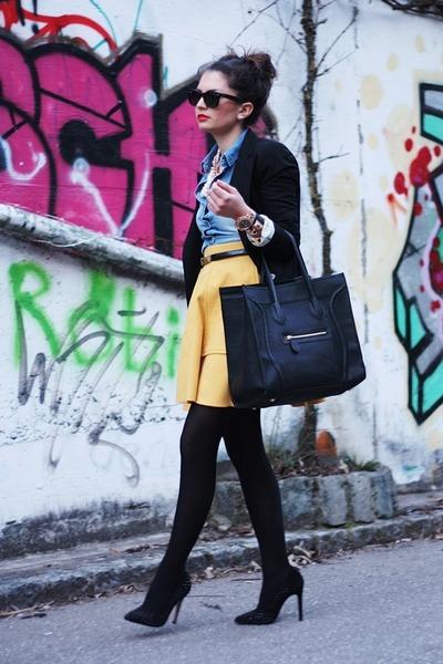 yellow Chicwish skirt - black VJ-style bag