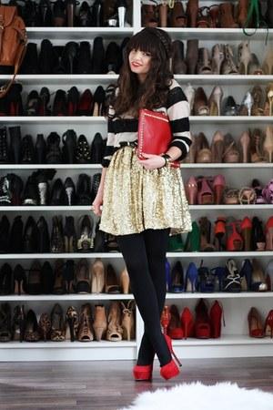 red Steve Madden pumps - gold romwe dress - black H&M sweater