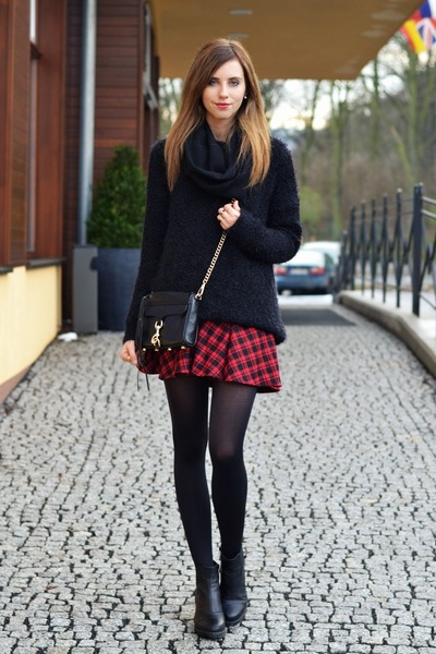crimson Rowme skirt - black Urban Outfitters sweater - black H&ampM tights