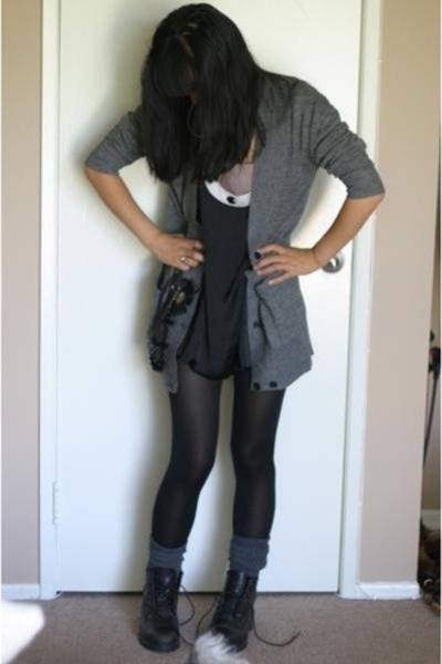 f21 dress - Timberland shoes - H&M sweater - f21 socks