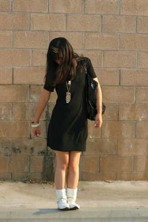 The Row dress - vintage shoes - Chanel Vinyl Cabas purse - F21 & Ron Herman acce
