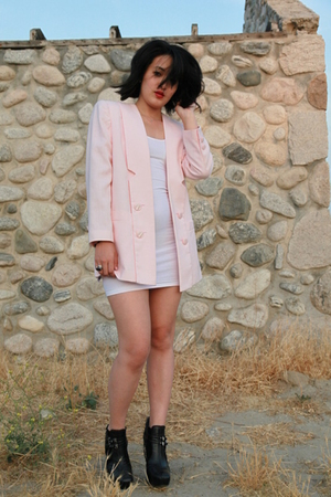 vintage blazer - aa dress - sam edelman shoes