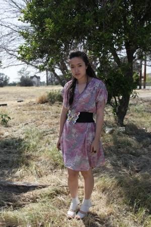Meghan Fabuous belt - vintage dress - Chloe shoes