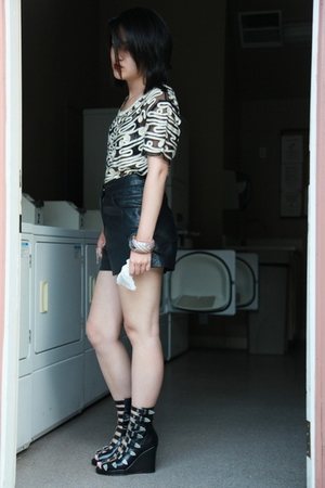 vintage shorts - vintage blouse - Chloe shoes