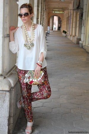Sisley necklace - Zara shirt - Antik Batik bag - Valentino sunglasses