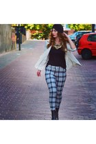 ivory H&M blazer - black Zara shoes