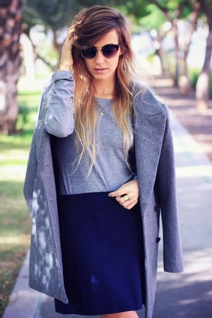 heather gray Zara coat - black OASAP sunglasses