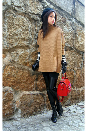 Monki gloves - H&M hat - H&M sweater - Aldo bag