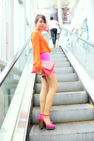 carrot orange H&M shirt - salmon Dorothy Perkins bag - hot pink H&M skirt