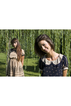 navy Toki & Nabi dress - camel Toki & Nabi dress