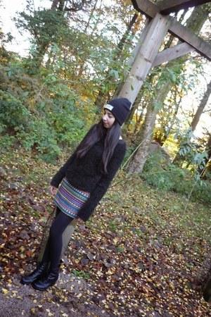 tribal print Topshop skirt - biker boots new look boots