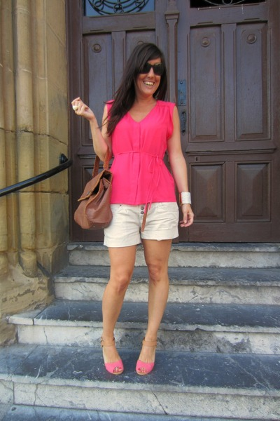 hot pink H&M blouse