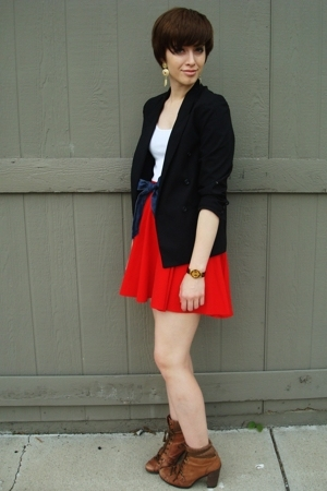 vintage blazer - vintage skirt - off some shorts belt - Nine West boots - f21 ea