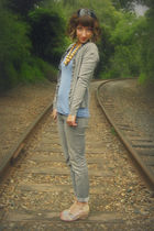 gray Wet Seal jeans - blue Self Made top - gray New York & Co cardigan - beige t